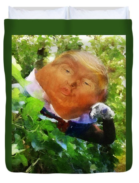 Trumpty Dumpty San On A Wall Duvet Cover