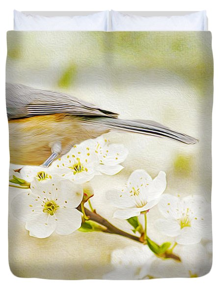 Tufted Titmouse With Seed Duvet Cover