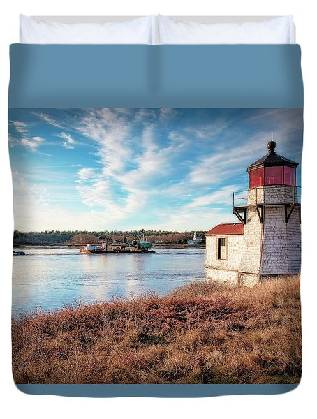 Tugboat, Squirrel Point Lighthouse Duvet Cover