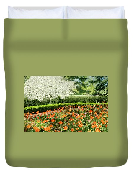 Duvet Cover featuring the photograph Tulip Cafe by Diana Angstadt