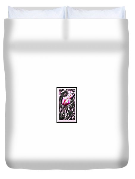 Tulip In Magenta Duvet Cover