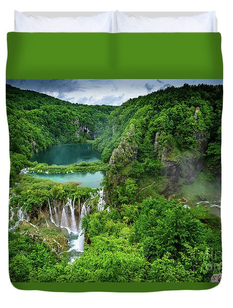 Turquoise Lakes And Waterfalls - A Dramatic View, Plitivice Lakes National Park Croatia Duvet Cover