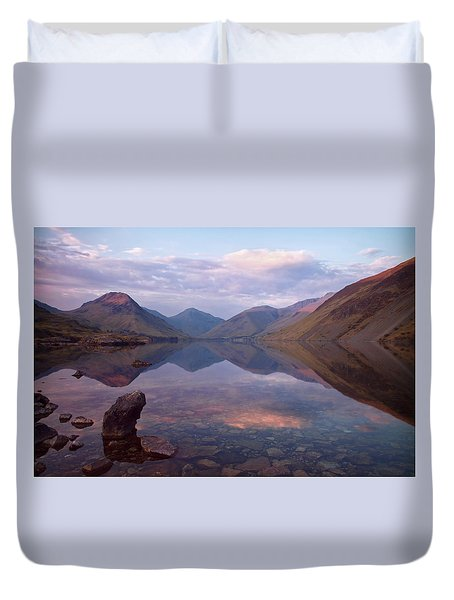 Twilight At Wastwater In Cumbria Duvet Cover