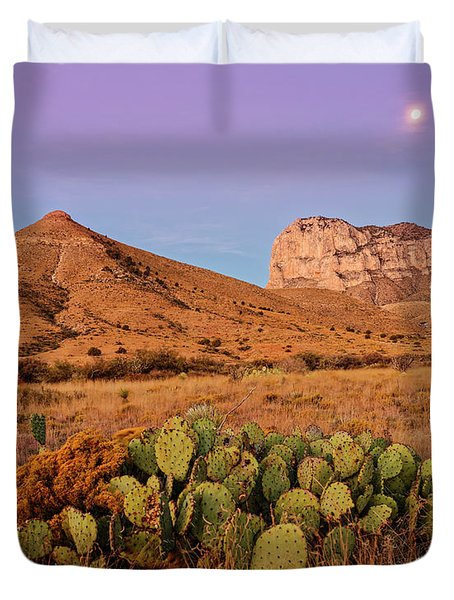 Twilight Glow Of The Chihuahua Desert At Guadalupe Mountains National Park - West Texas Duvet Cover