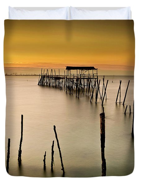 Duvet Cover featuring the photograph Twilight by Jorge Maia