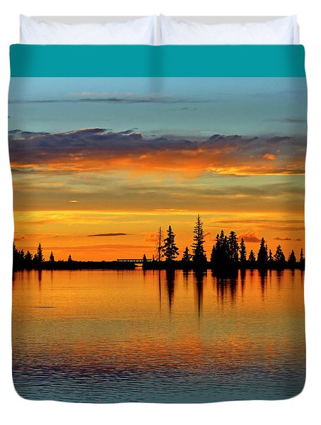 Twilight Lake Reflections In Colorado Duvet Cover