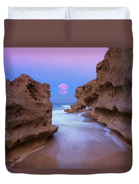 Duvet Cover featuring the photograph Twilight Moon Rising Over Hutchinson Island Beach Rocks by Justin Kelefas