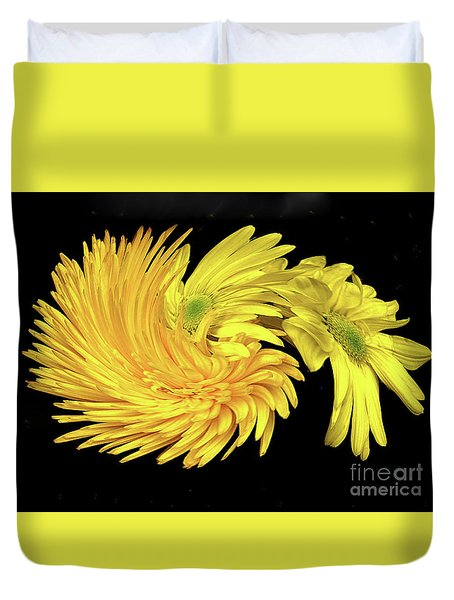 Duvet Cover featuring the digital art Twisted Yellow Daisies by Merton Allen