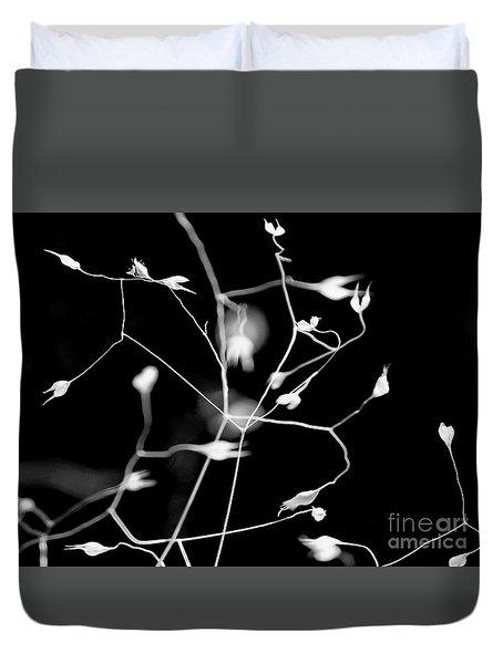 Twittering Seed Pods Bw Duvet Cover