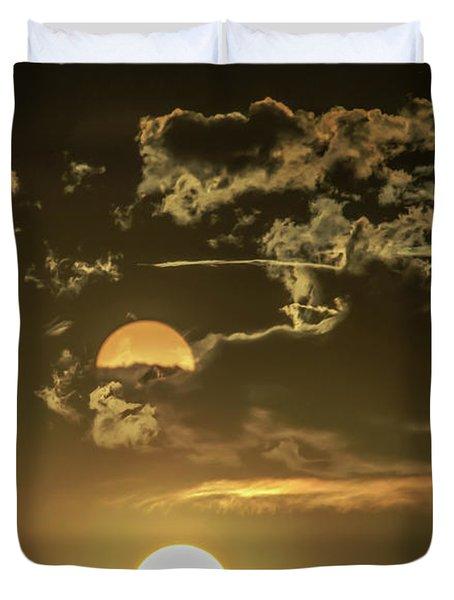 Two Suns Setting Duvet Cover