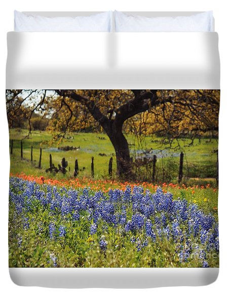 Tx Tradition, Bluebonnets Duvet Cover