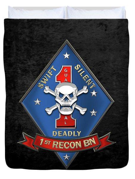 U S M C  1st Reconnaissance Battalion -  1st Recon Bn Insignia Over Black Velvet Duvet Cover