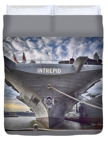 U S S   Intrepid's Bow  Duvet Cover