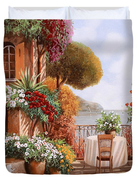 Una Sedia In Attesa Duvet Cover