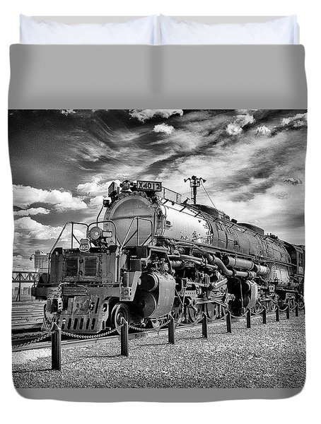Duvet Cover featuring the photograph Union Pacific 4-8-8-4 Big Boy by Paul W Faust - Impressions of Light