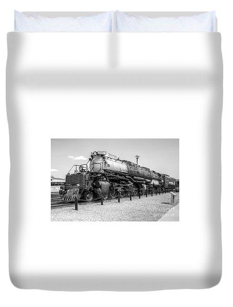 Union Pacific 4012 Duvet Cover