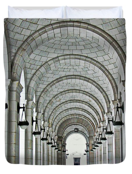 Duvet Cover featuring the photograph Union Station Exterior Archway by Suzanne Stout