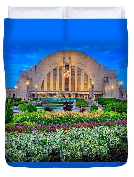 Union Terminal At Sunrise Duvet Cover
