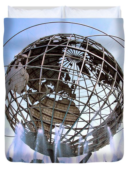 Unisphere With Fountains Duvet Cover