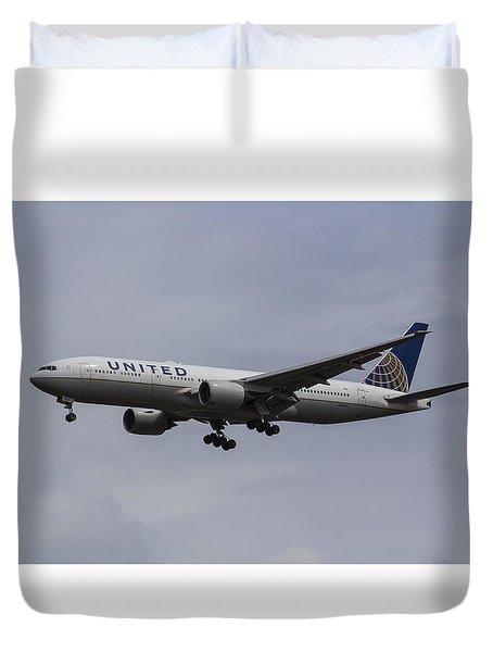United Airlines Boeing 777 Duvet Cover