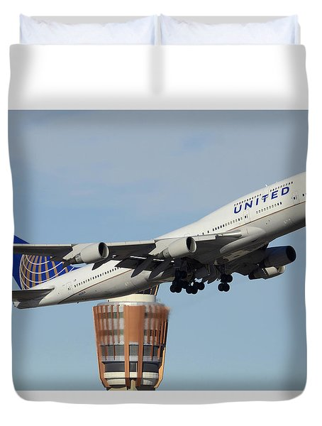 United Boeing 747-422 N128ua Phoenix Sky Harbor January 2 2015 Duvet Cover by Brian Lockett
