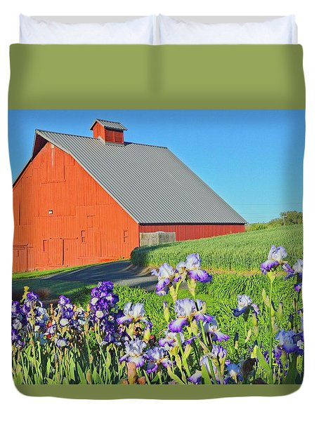 University Barn In Spring Duvet Cover