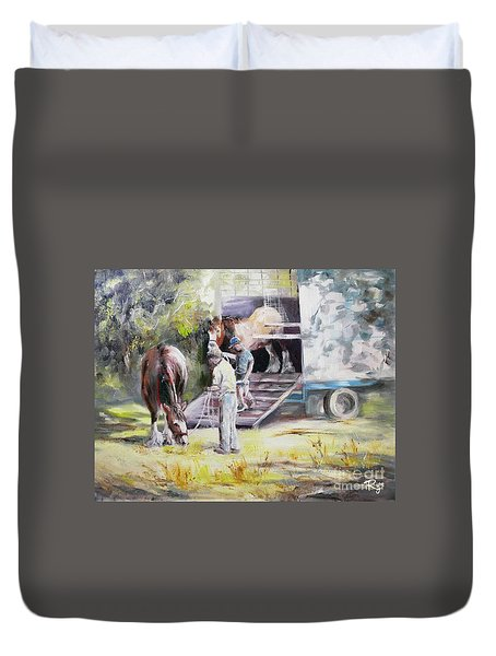 Unloading The Clydesdales Duvet Cover