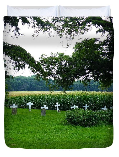Unmarked Youth Center Graves #2 Duvet Cover