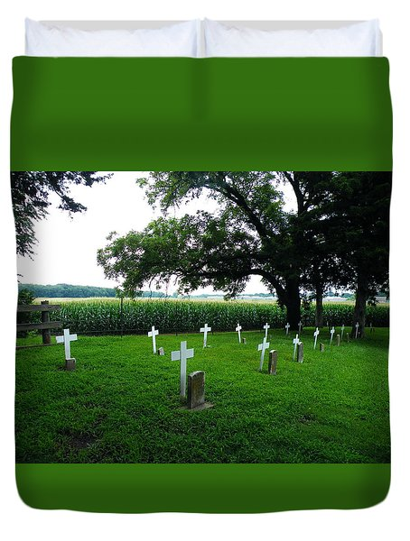 Unmarked Youth Center Graves #3 Duvet Cover