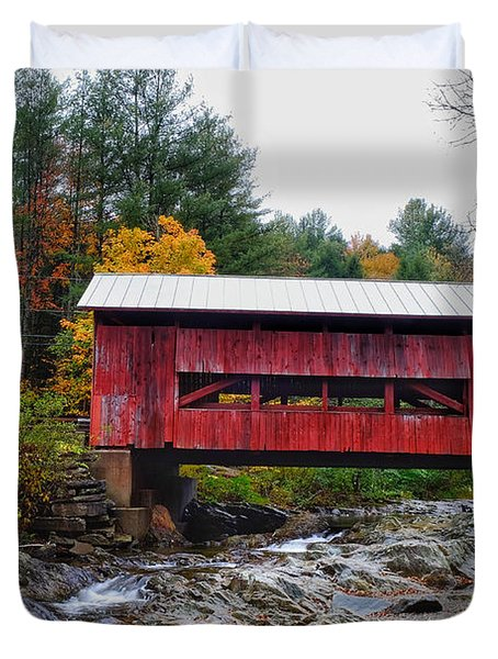 Upper Cox Brook Covered Bridge In Northfield Vermont Duvet Cover