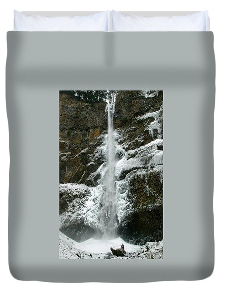 Upper Multnomah Falls Ice Duvet Cover