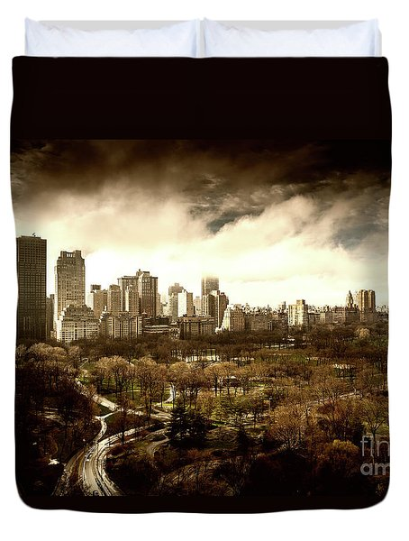 Upper West Side Of New York In Spring Duvet Cover