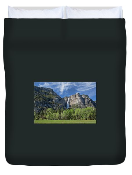 Upper Yosemite Falls In Spring Duvet Cover