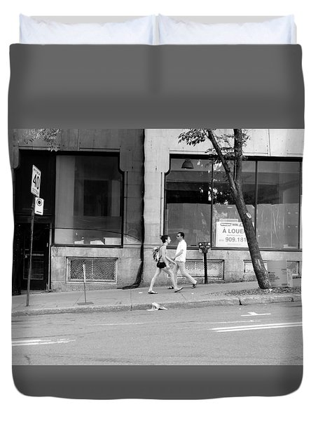 Duvet Cover featuring the photograph Urban Encounter by Valentino Visentini