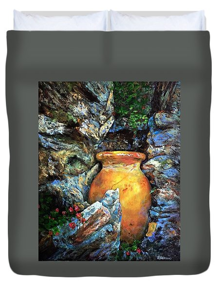 Urn Among The Rocks Duvet Cover