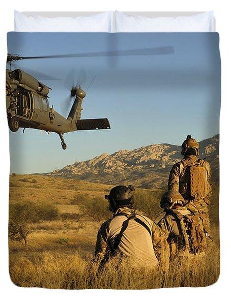 U.s. Air Force Pararescuemen Signal Duvet Cover by Stocktrek Images