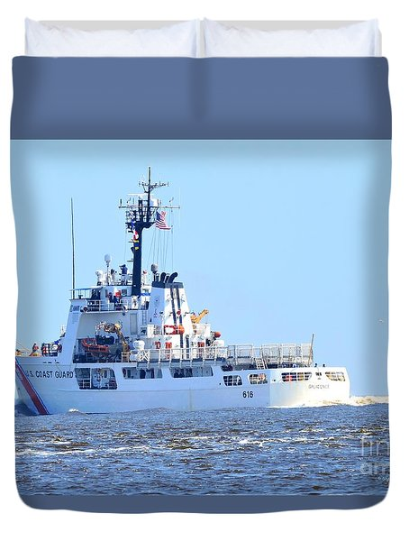 Duvet Cover featuring the photograph Us Coast Guard  - Diligence by Shelia Kempf