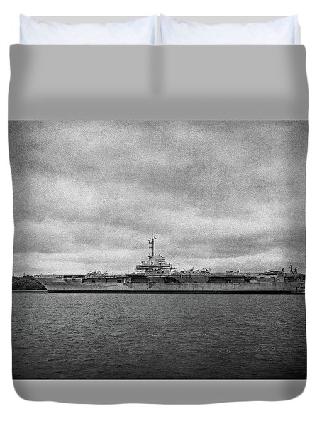 Duvet Cover featuring the photograph Uss Yorktown by Sandy Keeton