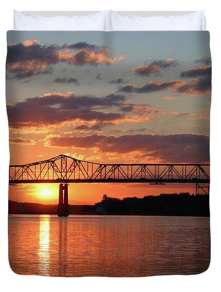 Utica Bridge At Sunset Duvet Cover