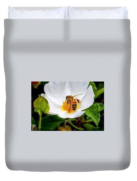 Vacaville Honey Bee Duvet Cover