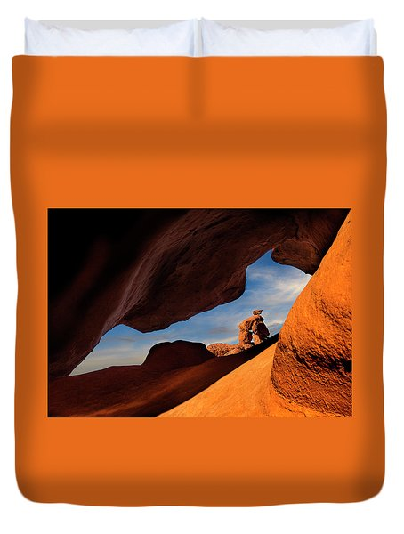 Valley Of Fire Look Through Duvet Cover by Gary Warnimont