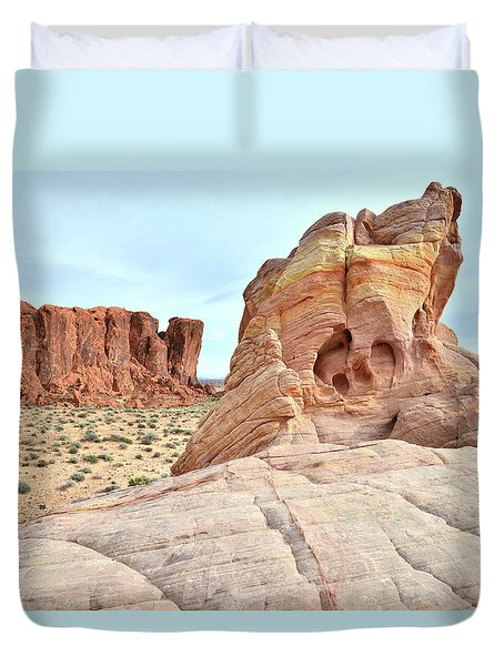Duvet Cover featuring the photograph Valley Of Fire North by Ray Mathis