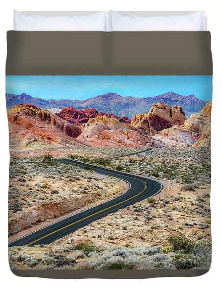 Road Through The Valley Of Fire Duvet Cover
