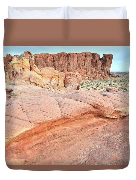 Duvet Cover featuring the photograph Valley Of Fire's North End by Ray Mathis