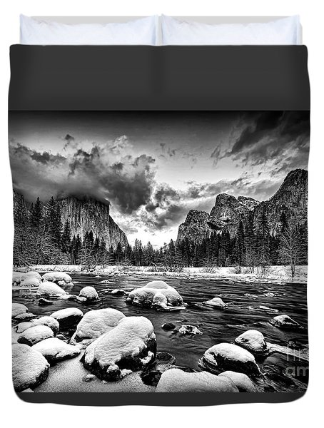 Valley View - Yosemite Valley Duvet Cover