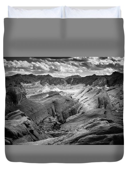 Duvet Cover featuring the photograph Valley Of Fire Expanse by Jason Moynihan