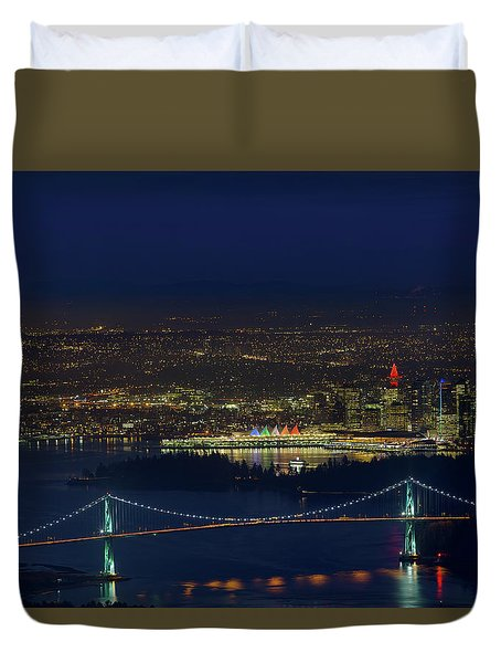 Vancouver Bc Cityscape By Lions Gate Bridge Duvet Cover
