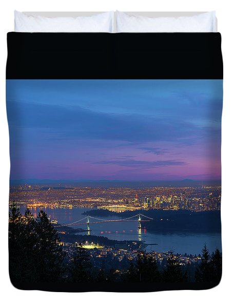 Vancouver Bc Cityscape Lions Gate Bridge Sunset Duvet Cover