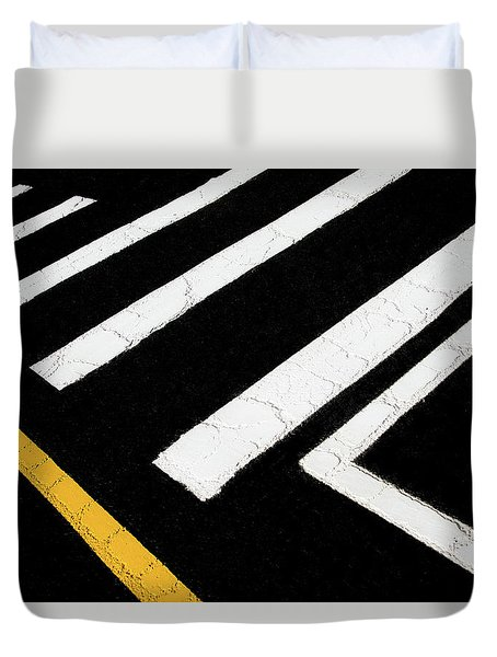 Duvet Cover featuring the photograph Vanishing Traffic Lines With Colorful Edge by Gary Slawsky