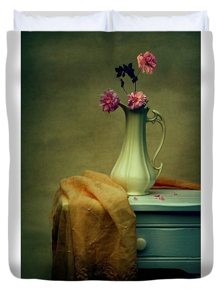 Vase Of Pink Roses Duvet Cover